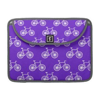Bicicleta blanca, modelo de ciclo; Púrpura azul vi Funda Macbook Pro