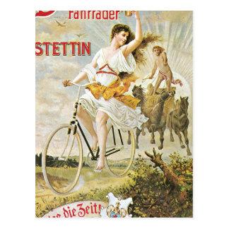 Bicicleta bonita del vintage del montar a caballo postal