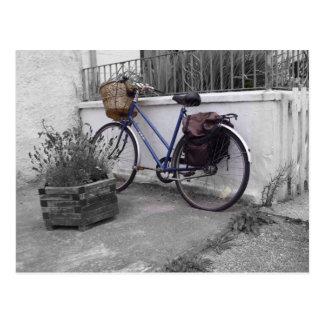 Bicicleta con la cesta - isla Mull Tarjeta Postal