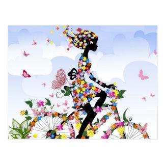 Bicicleta de la mariposa y de la flor tarjetas postales