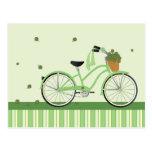 Bicicleta de marzo postal