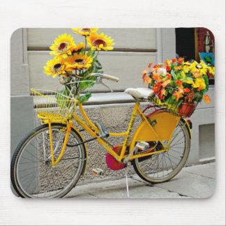 Bicicleta del amarillo del cojín de ratón alfombrilla de raton