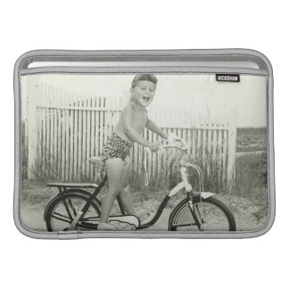 Bicicleta del montar a caballo del chica fundas macbook air