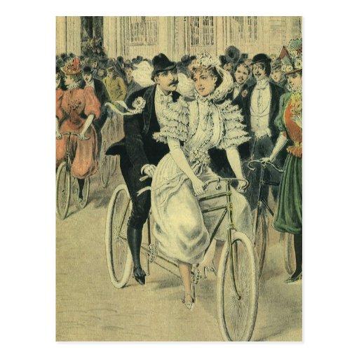 Bicicleta del tándem del paseo del novio de la nov tarjeta postal