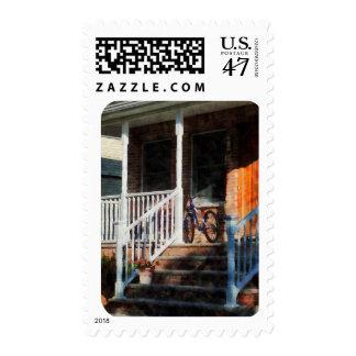 Bicicleta en el pórtico timbre postal