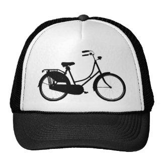 Bicicleta holandesa - colores claros gorros bordados