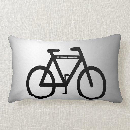 Bicicleta metálica de plata almohada