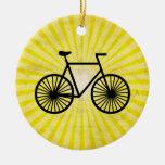 Bicicleta negra; Fondo amarillo Ornamento Para Arbol De Navidad
