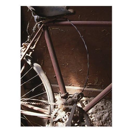 Bicicleta oxidada postales