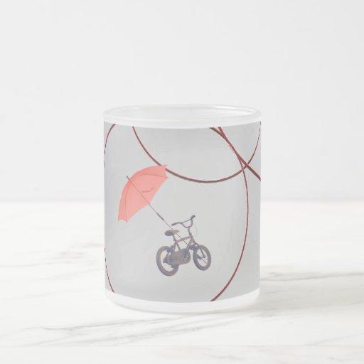 bicicleta + paraguas taza de café esmerilada