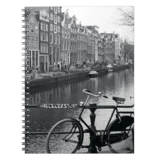 Bicicleta por el canal libretas espirales