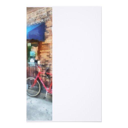 Bicicleta por la oficina de correos papelería personalizada