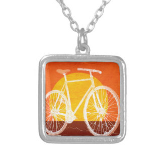 Bicicleta retra de la puesta del sol - monte una colgante cuadrado