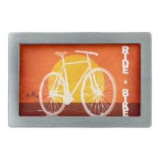 Bicicleta retra de la puesta del sol - monte una hebillas de cinturon rectangulares