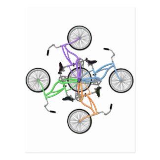 ¡Bicicletas! 4 diversas bicis coloreadas Tarjeta Postal