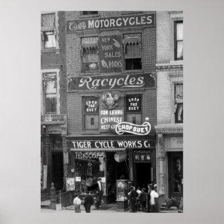 Bicicletas, motocicletas, y tajada Suey, 1900s tem Póster