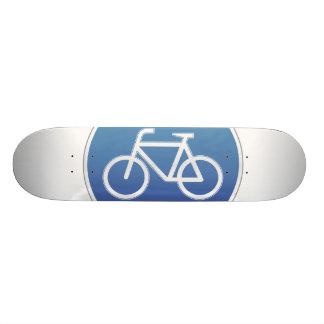 Bicicletas no prohibidas la muestra patin