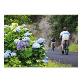 """Bicicletas y hydrangeas invitación 5"""" x 7"""""""