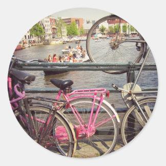 Bicis en Amsterdam Pegatina Redonda