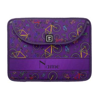 Bicis púrpuras conocidas personalizadas del camino fundas macbook pro