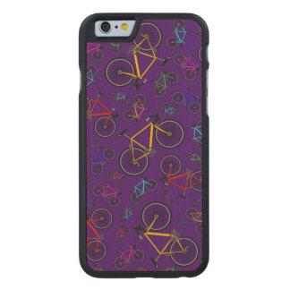 Bicis púrpuras del camino funda de iPhone 6 carved® de arce