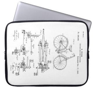 BiCYCLE DRIVING GEAR PATENT 1893 Laptop Sleeve