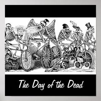 Bicyclists de Calavera circa último 1800's México Póster