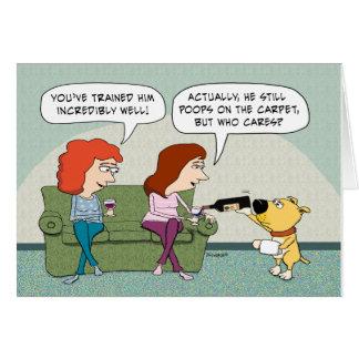 Bien entrenado divertido, cumpleaños del perro de tarjeta de felicitación