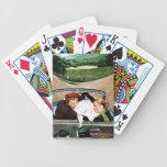 Bifurcación en el camino barajas de cartas