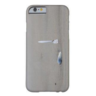 bifurcación plástica que se pega en playa arenosa funda para iPhone 6 barely there