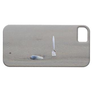 bifurcación plástica que se pega en playa arenosa iPhone 5 carcasa