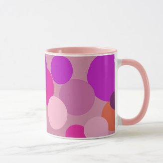 Big 70s polka dots in purple mug