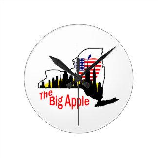 Big Apple Round Clock