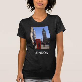 Big Ben and Red Telephone box in London T-Shirt