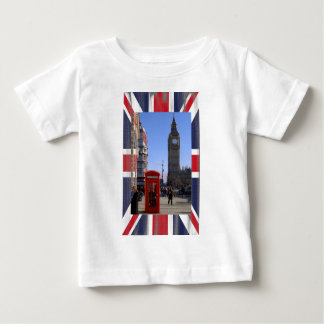 Big Ben and Red Telephone box in London Shirt