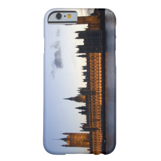 Big Ben and the Houses of Parliament in the city Barely There iPhone 6 Case
