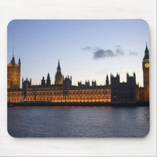 Big Ben and the Houses of Parliament in the city Mouse Pad