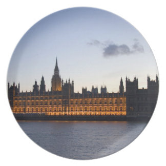 Big Ben and the Houses of Parliament in the city Dinner Plate