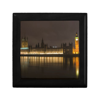 Big ben at night gift box