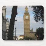 Big Ben through the tree Mousepad
