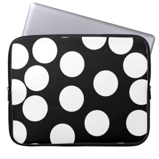 Big Dots in Black and White. Laptop Sleeve