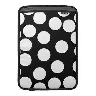 Big Dots in Black and White. MacBook Sleeve
