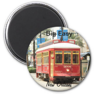 BIG EASY, NEW ORLEANS STREETCAR 2 INCH ROUND MAGNET