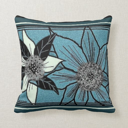 'BIG FLOWER' ACCENT PILLOWS design by B. Phillips