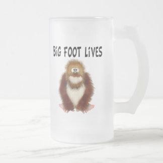 Big foot Lives Frosted Glass Beer Mug