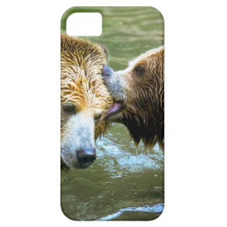 Big Grizzly Bear Kiss iPhone SE/5/5s Case