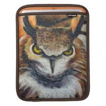 Big Horned Grumpy Owl Sleeve For iPads