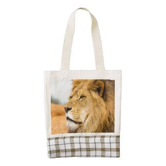 Big lion looking far away zazzle HEART tote bag