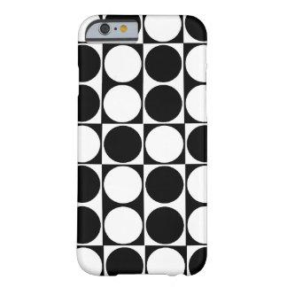 Big Mod Dots Black & White ID™ iPhone 6 case