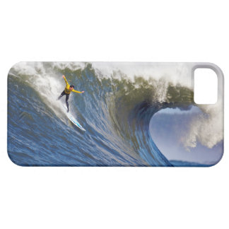 Big Wave at the Mavericks Surfing Competition iPhone SE/5/5s Case